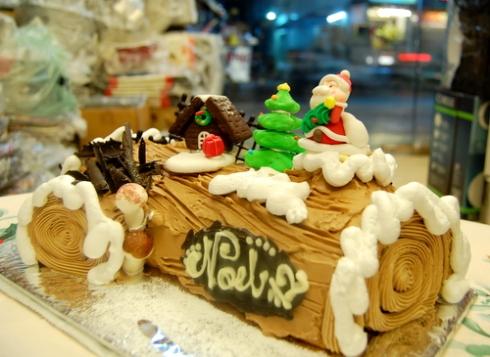 Ngoc Thu - Banh khuc cay Buche de Noel
